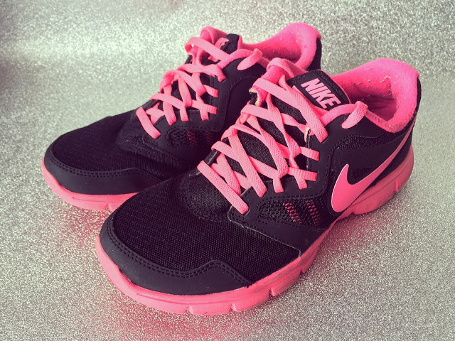 nike-running-trainers-the-english-everygirl