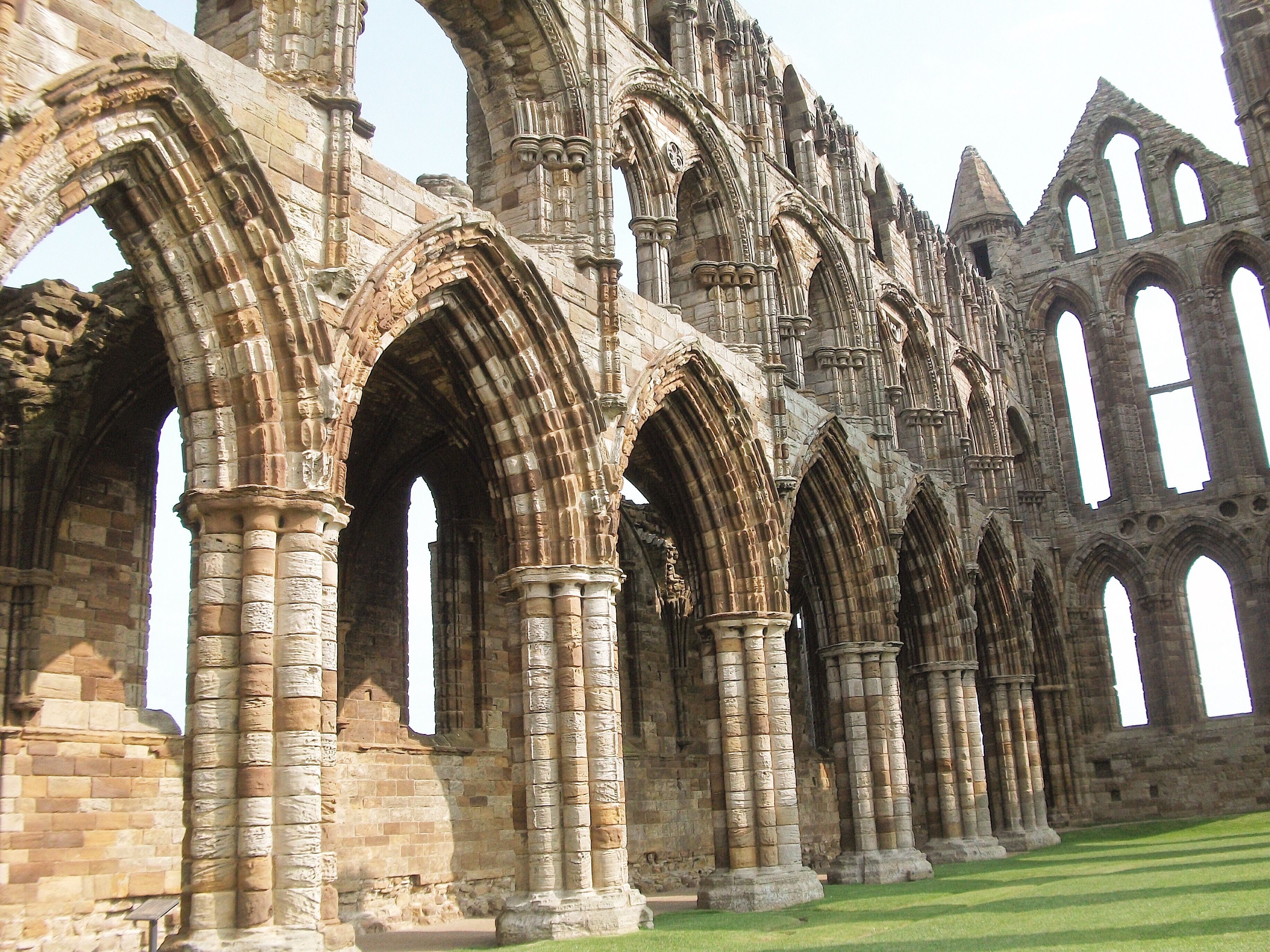 uk-staycations-north-yorkshire-whitby-abbey